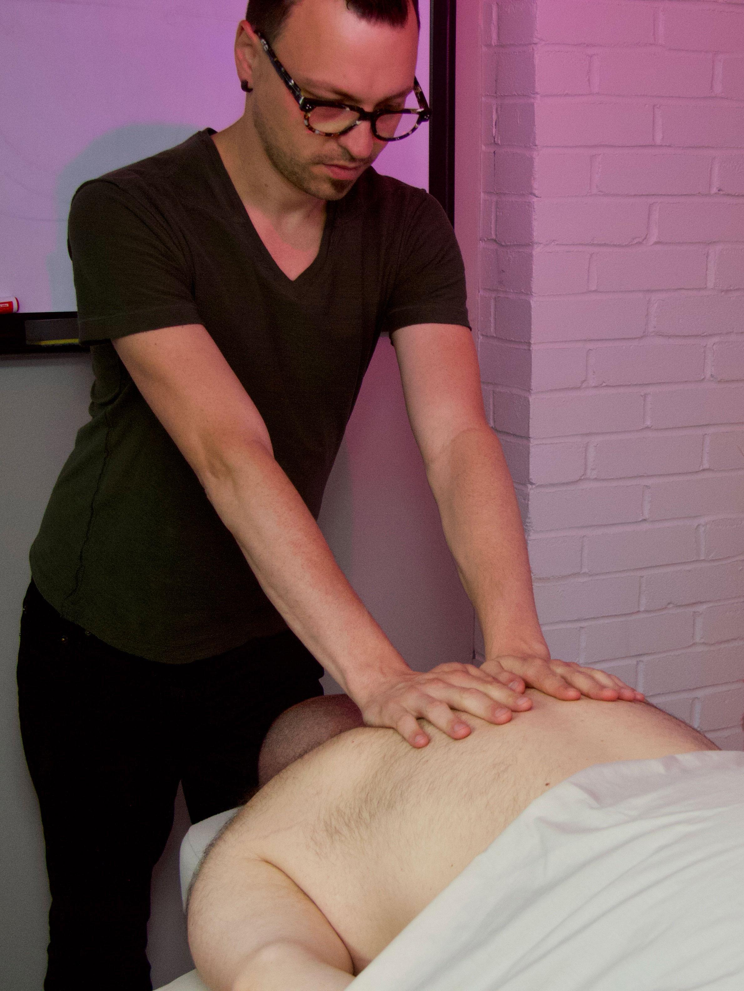 Massage Laval Alexandre Blouin
